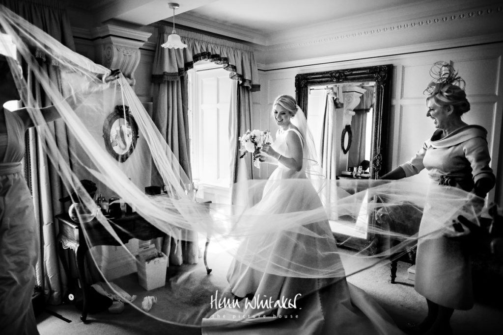 Lake district wedding photographer Springkell