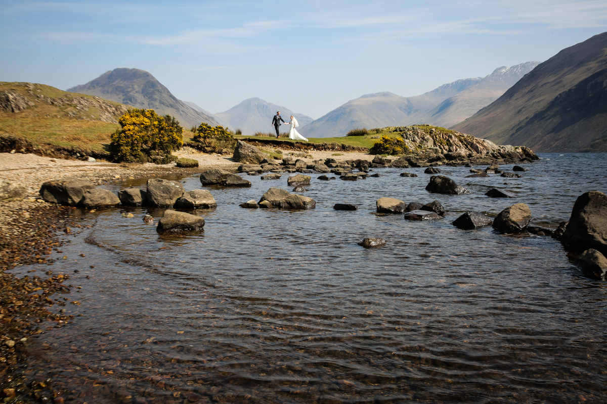 lake district documentary wedding photographer wast water bride and groom